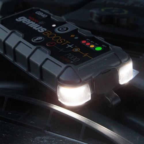 Зарядно NOCO G1100 6/12V 1.1A  с бустер NOCO GB40 12V 1000A
